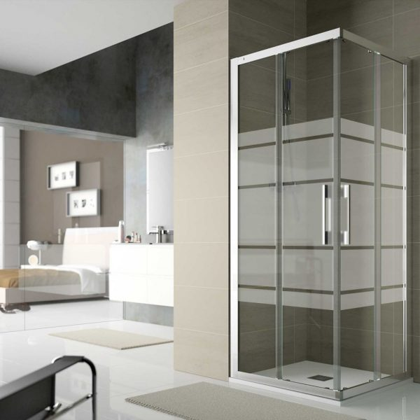Clear Shower Cubicle